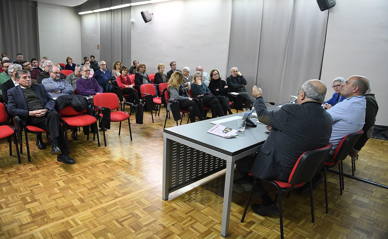 Presentació del número 16 de 'política&prosa' a Girona. Fotografia de Xavier Jubierre