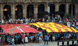 Manifestació, el 2014 a Bilbao, a favor d'un referèndum per l'autodeterminació de Catalunya. Foto Rafa Rivas/AFP