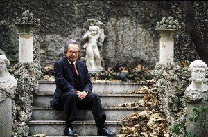 L'escriptor i crític literari George Steiner a Milà l'any 2000. Fotografia de Leonardo Cendamo/Getty Images
