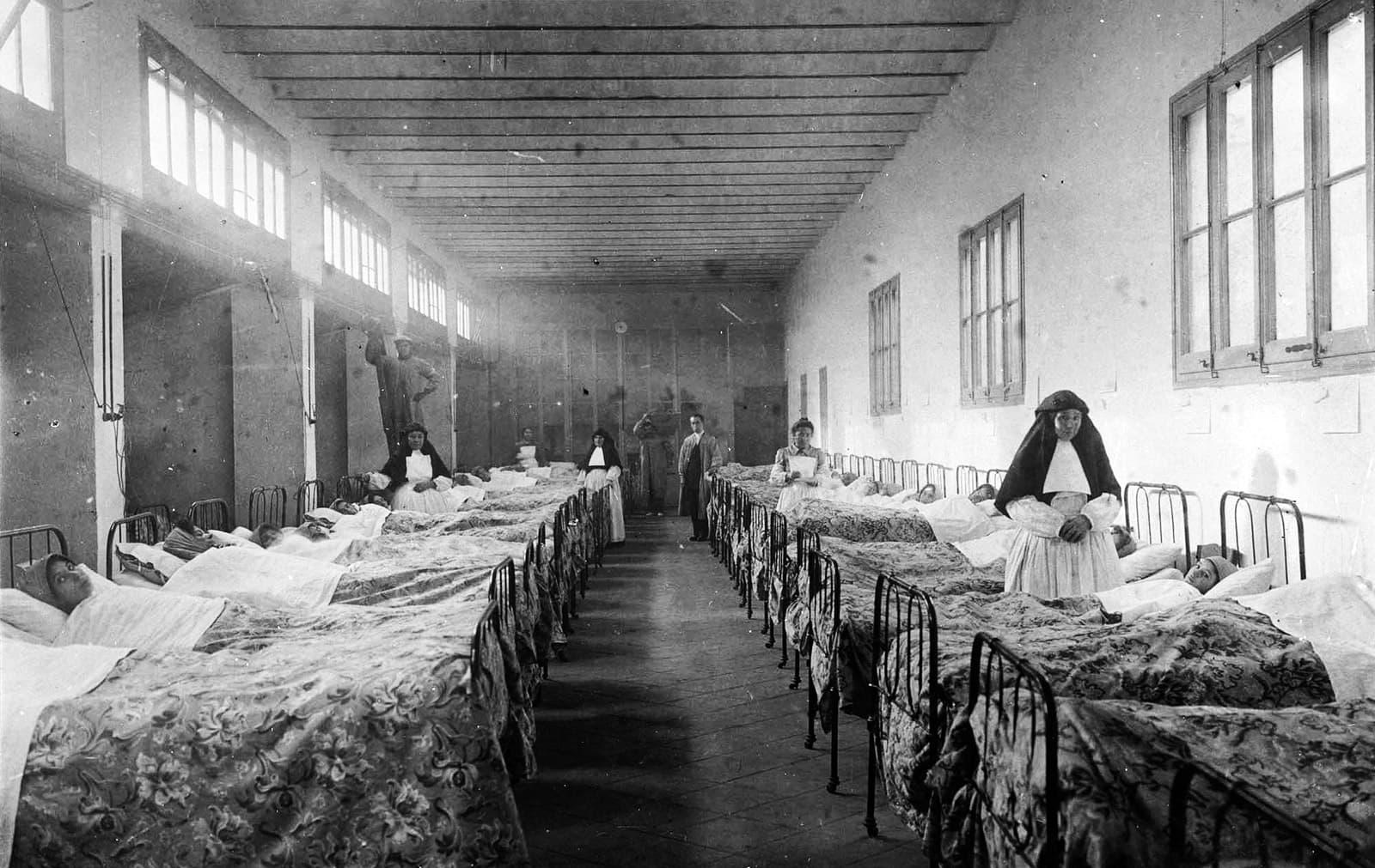 Sala de dones, 1914.