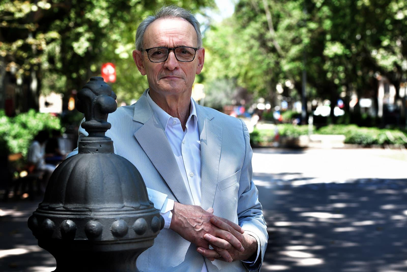 Antón Costas fotografiat a Barcelona al juny de 2020. Fotografia de Xavier Jubierre.