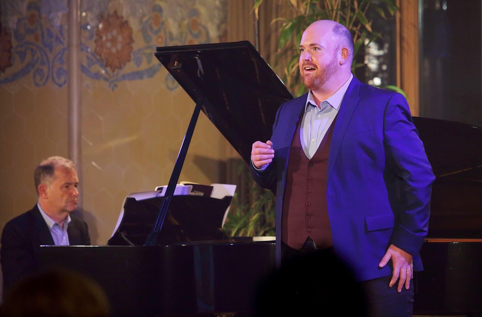 El tenor Nicky Spence i el pianista Julius Drake interpreten 'Diari d'un desaparegut' al Life Victoria.Fotografia d'Elisenda Canals.